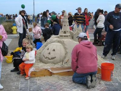 Sandcastle at the Sea Witch festival.jpg