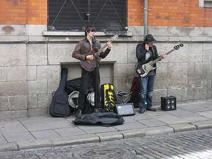 20090801 Ireland - Temple Bar buskers