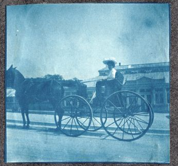 Hagemeyer page 004 women with horse and buggy