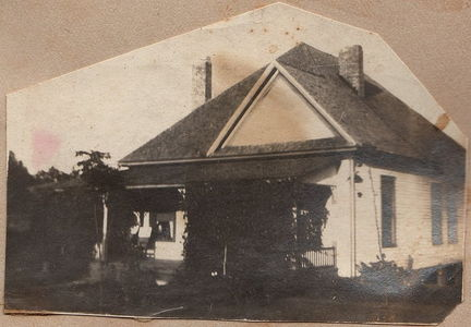 Hasty home 3814 Poplar Springs Dr, Meridian, MS in 1920s or 30s sm