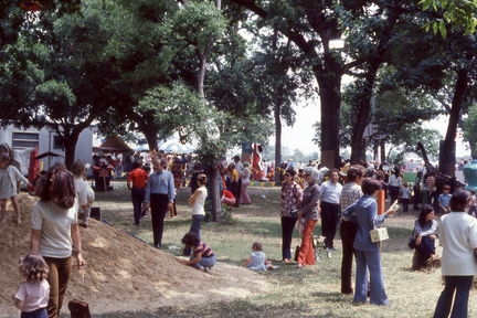 1973 Mayfest - crowd
