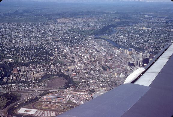 1981 Canada - Calgary from the air