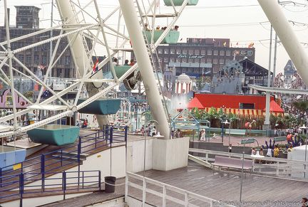 1984 Worlds Fair New Orleans ferris wheel load